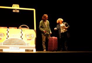 Ratitos de viaje en taxi - Máster en estupidez