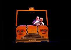 Ratitos de viaje en taxi - Dios los cría y ellos se encuentran