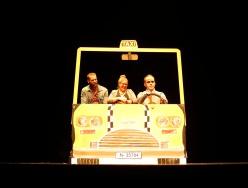 Ratitos de viaje en taxi- Tontos por ciento